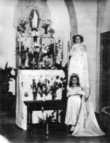 1954 May Crowning
